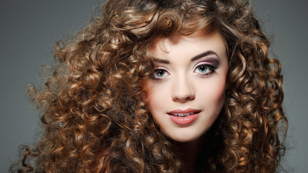 Как сделать волосы более кудрявыми 929