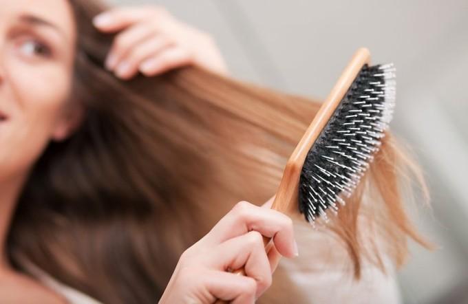 Волосы легко расчесываются